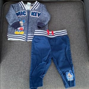 Mickey Mouse newborn set in new condition